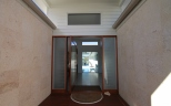 2 portico entry
